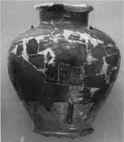 small roman amphora red ware